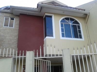 Bonita Casa De Tres Habitaciones
