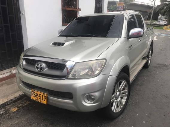 Toyota Hilux Doble Cabina 4x4 Aut