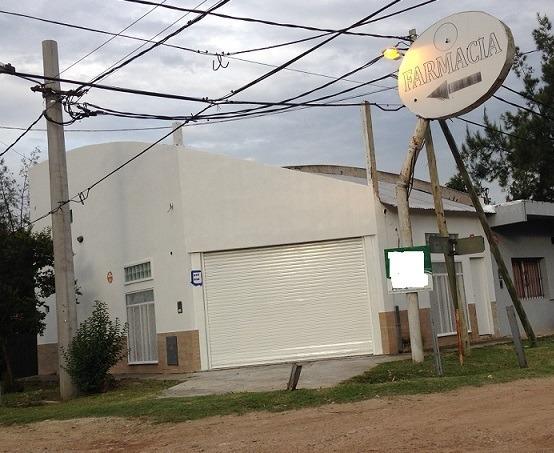 Local Comercial En Gral. Rodriguez - Tomo Vehiculo