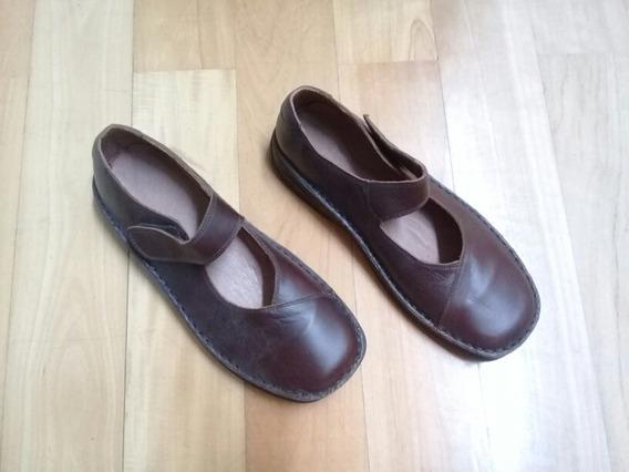 Zapatos Marrones De Cuero Modelo Guillerminas