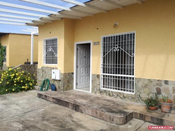 Casas En Alquiler Urb Valle Grande