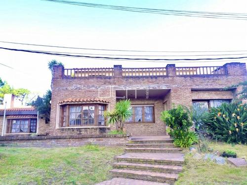 Casa En Venta Playa Mansa - Ref: 591