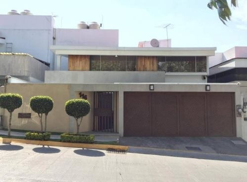 Casa En Lomas De La Herradura De 311 M²