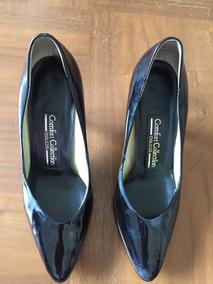 Zapato Charol Negro De Piel. Talla 6.5 Americano.