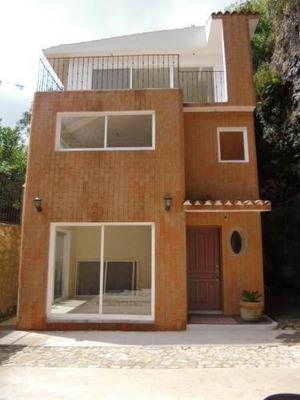 (crm-1404-192) Se Renta Casa Dentro De Privada Cerrada, Rancho Cortés Clave Cs428
