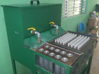 Maquina De Fabricar Velas Comum E De 7 Dias