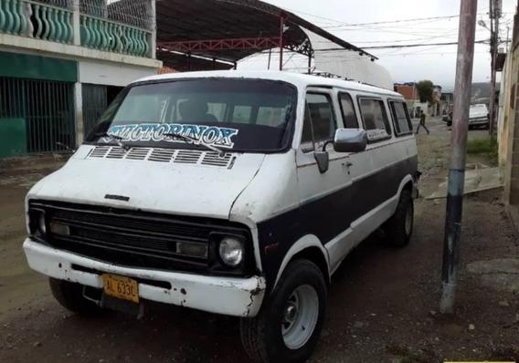 Dodge Ram Van Automático 15 Puestos