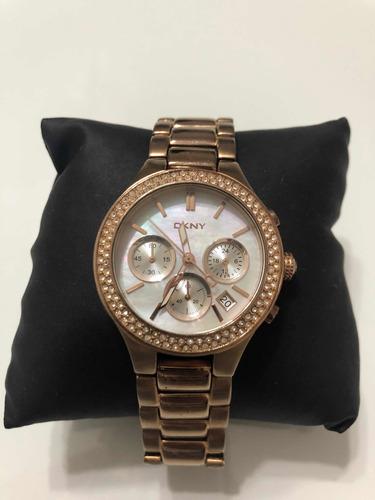 Relógio Dkny Street Smart Chronograph Watch Ny8080 38mm
