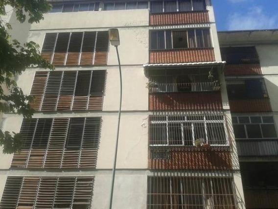 *apartamento En Venta Mls # 20-7741 Precio De Oportunidad