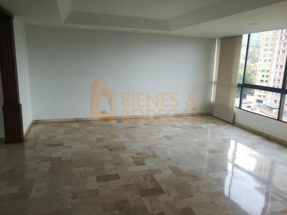 Apartamento En Arriendo Los Balsos 643-3367