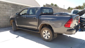 Toyota Hilux Doble Cabina 2016 Gris