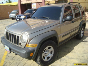Jeep Cherokee Sport 4x4 - Automática