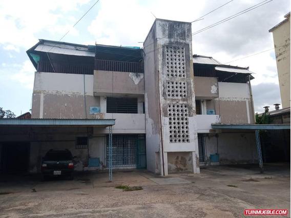 Edificios En Venta 04166437900