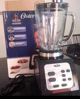 Licuadora Digital Reversible Oster