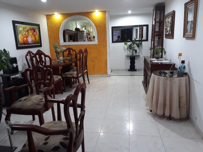 Casa Y Apartaestudio Centro Historico [venta/arriendo]