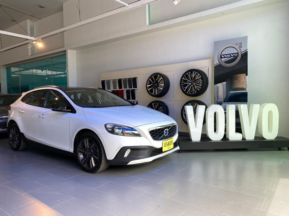 Volvo V 40 Cross Country 4x4 Motor 2.000 Cc Modelo 2015