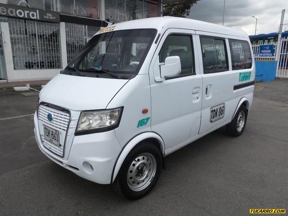 Gonow Minivan