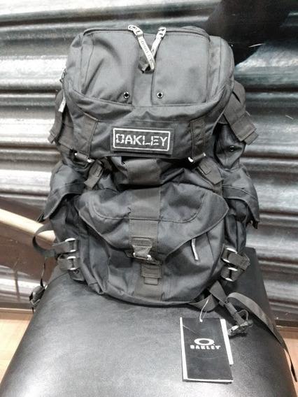Mochila Oakley Mechanism Pack 30 Litros