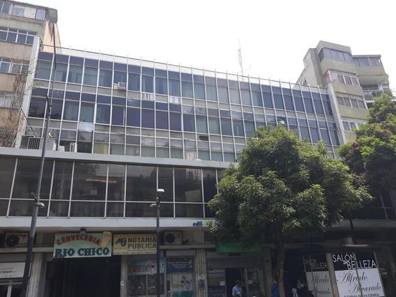 Alquiler Oficina Equipada Con Todo Urbanización Chacao