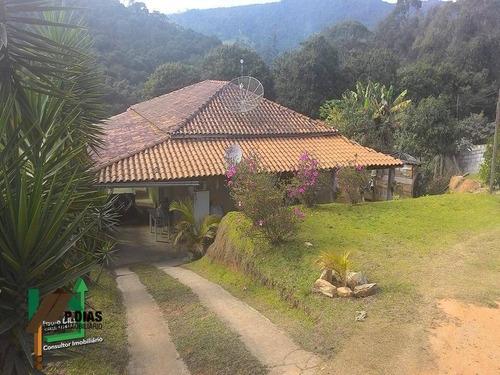 Chácara Charmosa E Bem Localizada, Ideal Para Quem Busca Tranqüilidade Na Região Do Circuito Das Águas. - Ch0059