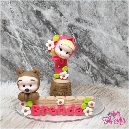 Imagem 1 de 8 de Vela Topo De Bolo Em Biscuit Masha E O Urso