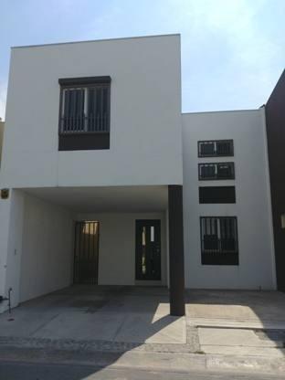 Casa En Renta Del Jardin, Las Lomas Sector Jardines