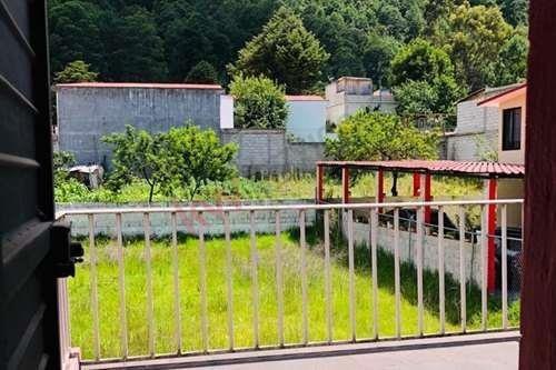Casa En Renta En San Cristóbal, En María Auxiliadora, Con Amplio Terreno