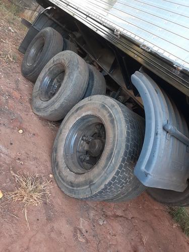 Bau De Caminhão Fexado