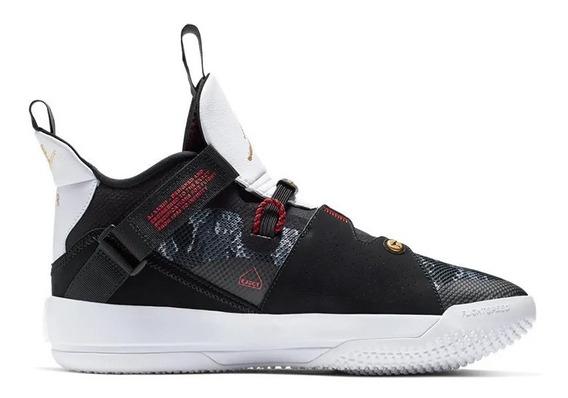 Zapatillas Nike Air Jordan Xxxiii Negra Y Blanca