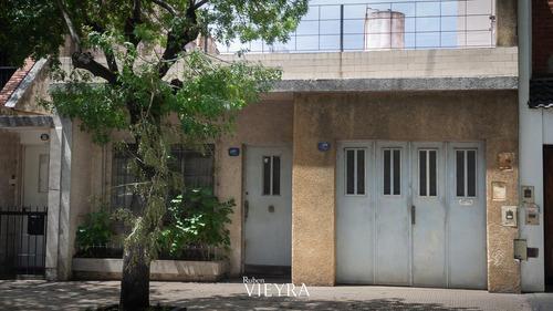 Elpidio Gonzalez 4900  Venta Ph Tipo Casa En Monte Castro
