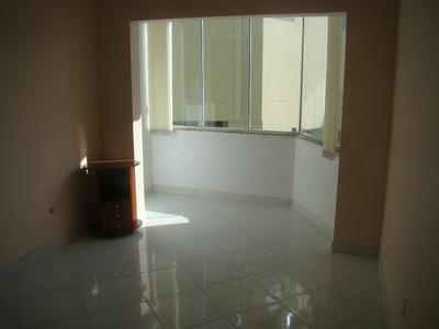 Apartamento 3 Quartos, Semi Mobiliado, Ótima Localização Em Coqueiros - A02696