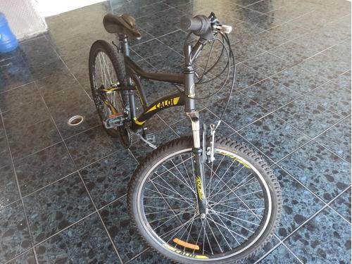 Imagem 1 de 4 de Mountain Bike Caloi