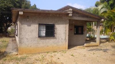 Casa En Venta En Yaritagua 19-2532 Rb