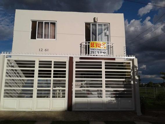 Casa 3 Recamaras, 2 Baños Cochera Para 2 Autos
