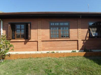 Casa Com 2 Salas E Uma Casa De Hospedes Nos Fundos (anexo)