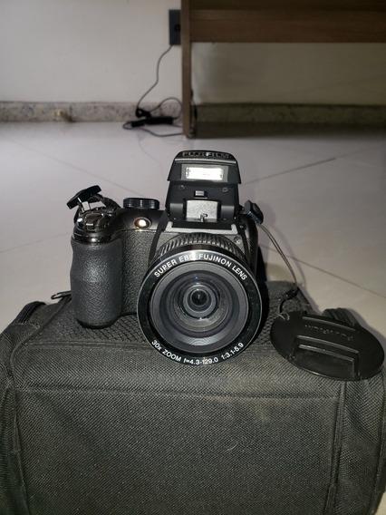 Câmera Fotográfica Semi ProfissionalFujifilm S4000 Usada