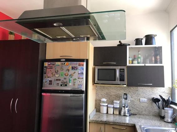 Apartamento En Residencias Santa Ana, Agua Blanca Pha-721