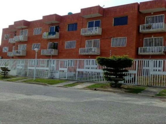 Apartamento Venta Centro Cabudare 20 13437 J&m 04120580381