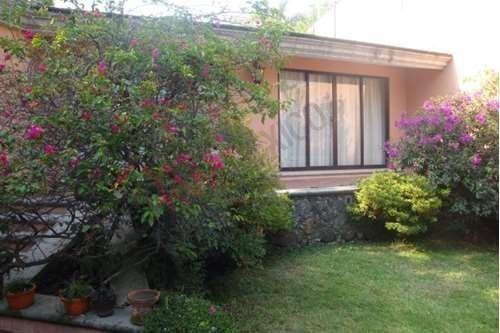 Casa En Venta, Cuernavaca, Morelos, Vista Hermosa, Un Nivel.