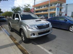 Toyota Hilux Toyota Hilux 2014