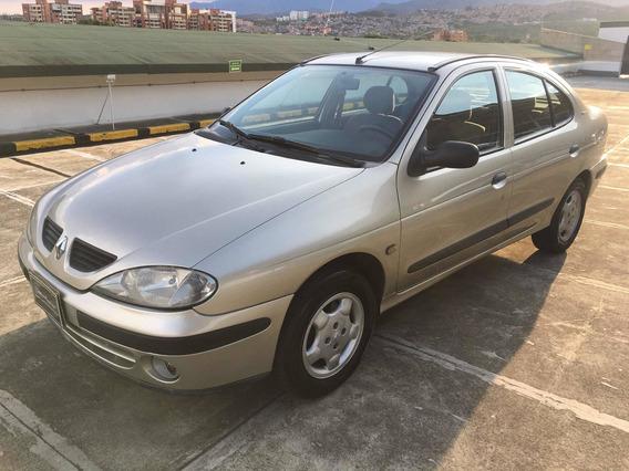 Renault Megane 2002, Mecanico, 1400, Excelente Estado
