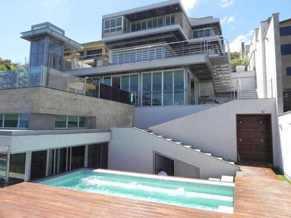 Se Vende Casa 1550m2 4h+s/8b+s/8p La Lagunita