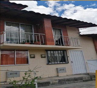 Vendo Casa Descuento Santa María De Robledo