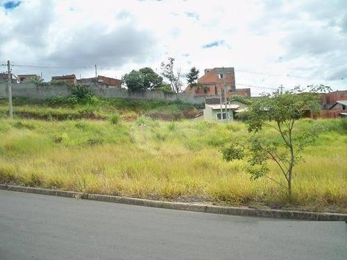 Terreno À Venda Em Jardim Itapoan - Te203895