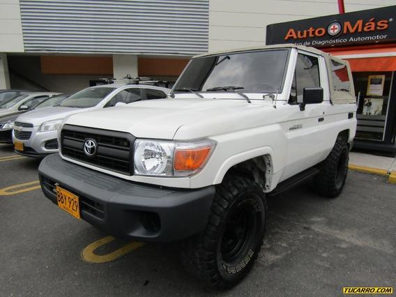 Toyota Land Cruiser Trd Sport