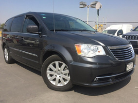 Chrysler Town & Country 2016 Touring V6/3.6 Aut Piel