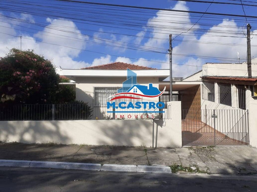 Imagem 1 de 15 de Casa Térrea 03 Dormitórios + Edícula  Apenas 100m Da Estr. Do Campo Limpo - 4114