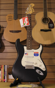 Guitarra Fender American Highway Strato 0km C/ Nf E Garantia