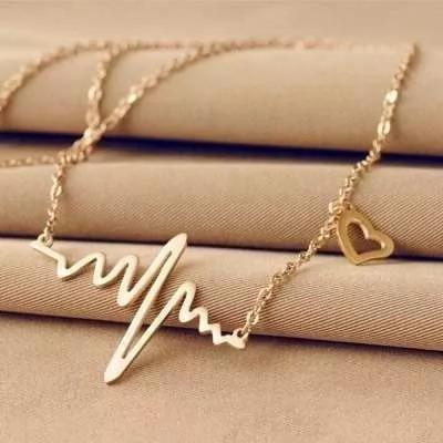 Gargantilha Colar Dourada Pingente Batida Do Coração