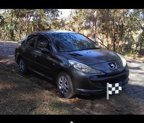 Imagem 1 de 2 de Peugeot 207 Passion 2011 1.4 Xr Flex 4p